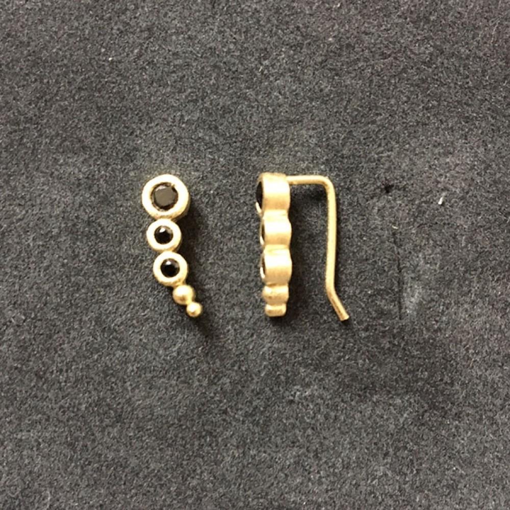 Øreringe Forgyldt m/sort krystal-31