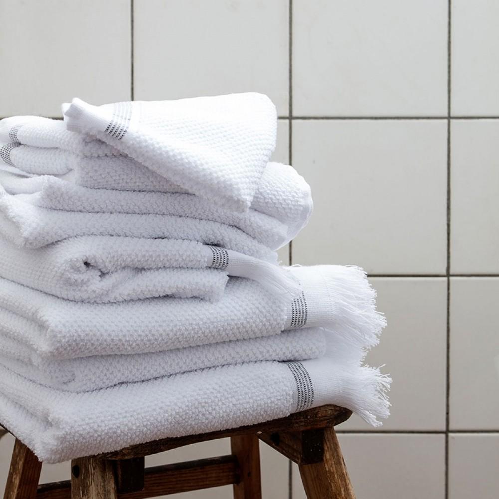 Meraki Øko. håndklæde hvid m/strib 50x100cm-01