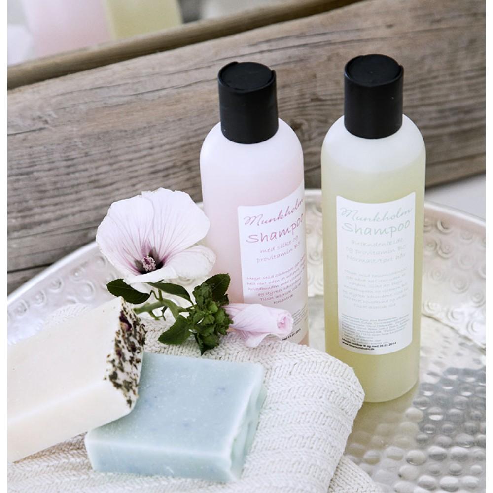Munkholm Shampoo Honning and mandel-32