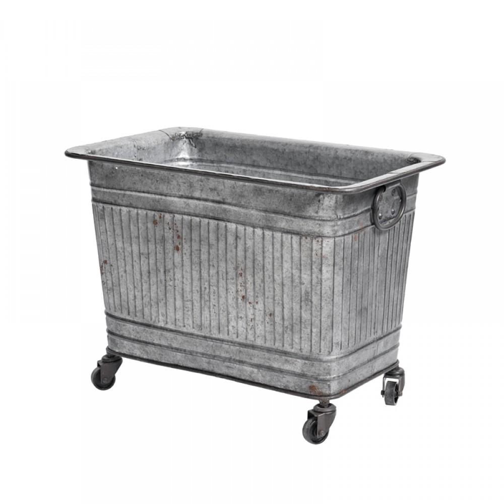 Rå metalkasse på hjul-30